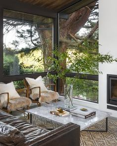Photo 6 of 17 in A 1957 Midcentury in Seattle Receives a Striking Makeover - Dwell
