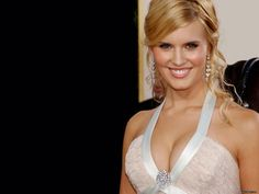 Maggie Grace She was nominated in 2005 for a Teen Choice Award for Choice TV Breakout Performance – Female for her role on Lost, but lost to Desperate Housewives' Eva Longoria. Maggie Grace, Jane Austen Book Club, The Taken, Stretch Mark Cream, Teen Choice Awards, Eva Longoria, Wedding Art, Hollywood Stars, Celebrity Weddings
