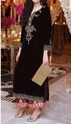 New Dress Velvet Black Chic 15 Ideas Pakistani Formal Dresses, Pakistani Wedding Outfits, Pakistani Dress Design, Indian Dresses, Indian Outfits, Velvet Suit Design, Velvet Dress Designs, Dress Neck Designs, Velvet Kurtis Design