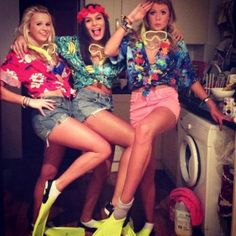 Hawaiian Outfit Ideas For School Gallery the beach party theme costume idea beach party outfits Hawaiian Outfit Ideas For School. Here is Hawaiian Outfit Ideas For School Gallery for you. Hawaiian Outfit Ideas For School a guide to dressing for c. Hawaiian Themed Outfits, Hawaiian Party Outfit, Luau Outfits, Beach Party Outfits, Hawaii Outfits, Tropical Party Outfit, Hawaian Party, Homecoming Week, Dress Up Day