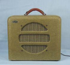 Vintage 1940s Supro National Dobro Guitar Amp   Tweed