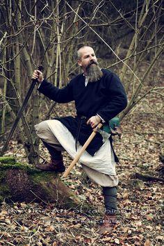 "The ""Nordligt Hjerte"" Shooting Projekt Ⓜ️ > Thorsten ~~ Photo> ""the fine Art of catching Light"" by Pit Theiss #thefineartofcatchinglight #pittheissphotography #photopoetry #storytelling #fineartphotography #portraitphotography #medieval #germanmythology #mythology #fantasy #vikingstyle #nordic #asatru #history #vikinglife #vikings #norce #norcemythology #shieldmaiden #pagan #reenactment #medievalhistory #vikinghistory #vikingage"