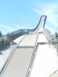 Holmenkollbakken is a large ski jumping hill located at Holmenkollen in Oslo, Norway. Nature Images, Nature Pictures, Iron Mountain Michigan, Norway Oslo, Beautiful Norway, Ski Jumping, Visit Norway, Nature View, Bergen