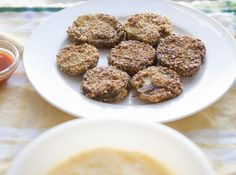 Fried green tomatoes, Green tomatoes and Remoulade sauce on Pinterest