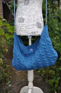 bucket cable knit bag 1