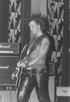 crude ss 80s Punk, Punk Goth, Anarcho Punk, Crust Punk, Slogan Tshirt, Skinhead, Patriarchy, New Wave, Leather Pants
