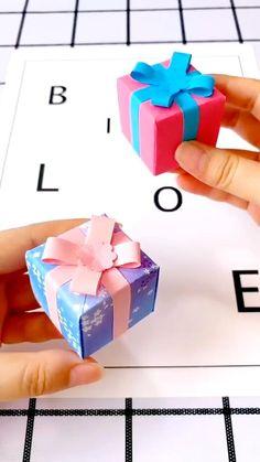 Diy Crafts Hacks, Diy Crafts For Gifts, Diy Crafts Videos, Creative Crafts, Diy Craft Projects, Diy Videos, Kids Crafts, Making Gift Boxes, Diy Gift Box