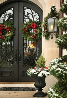 beautiful classic Christmas exterior decorations with wreaths & urns