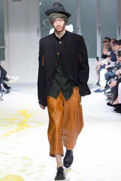 Yohji Yamamoto Spring 2015 Menswear - Collection - Gallery - Look 1 - Style.com