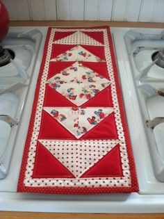 Pretty runner | table runners | Pinterest