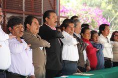 Entrega alcalde Francisco Román Sánchez techumbre a secundaria