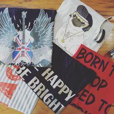 Muito amor pelas t-shirts da SLY. Shop Online:www.boutiquetie.com.br