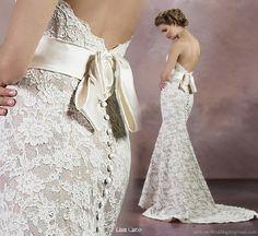 wedding dresses with v back