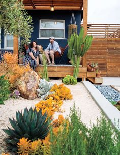 This San Diego Cactus and Succulent Garden Is Like Joshua Tree in the Front Palm Springs in the Back: A Southern California adventure led to this couple's love affair—with cactus. Dessert Landscaping, Succulent Landscaping, Backyard Landscaping, High Desert Landscaping, Desert Backyard, Palm Springs, San Diego, San Francisco, California Backyard