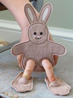 Felt finger puppet, made in the hoop, Easter basket stuffer! Felt Puppets, Puppets For Kids, Felt Finger Puppets, Sewing For Kids, Diy For Kids, Crafts For Kids, Puppet Crafts, Felt Crafts, Operation Christmas Child