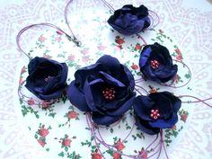 """colier din material textil  """"Violete"""" (30 LEI la cristeaviviana.breslo.ro)"""