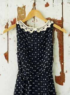 Black and white dress - Dots / Lunares