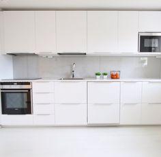 Schränke Kitchen Cabinets, Home Decor, Decoration Home, Room Decor, Cabinets, Home Interior Design, Dressers, Home Decoration, Kitchen Cupboards