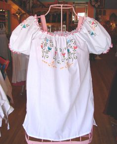 Mexican Gypsy Blouse - LaMariposa Mexican Imports - Mexican Dresses, Blouses, Sombreros, Pinatas, Fiesta Party Supplies, and Paper Flowers Dallas, Texas