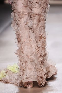 Valentino - Haute Couture Spring Summer 2010 - Shows - Vogue.it