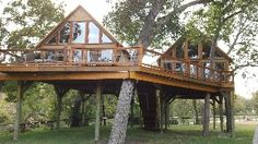 I wanna take my grandkids to stay in the treehouses.....Geronimo Creek Retreat - Retreat into Peace and Nature!