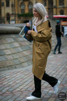 Sarah Harris by STYLEDUMONDE Street Style Fashion Photography