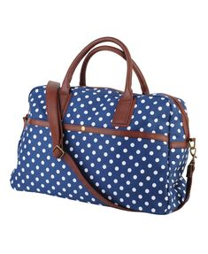 This is the cutest duffle bag ever. I might buy this bag in a couple of weeks as a graduation present to myself. :)