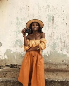 """12.9k Likes, 132 Comments - Asiyami Gold (@asiyami_gold) on Instagram: """"May all the things you lacked in 2016 be given to you in abundance this year. Happy 2017…""""- more visuals on pinterest: @snanyarko"""