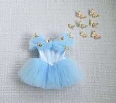 Baby Birthday Dress, Birthday Dresses, Frozen Birthday Outfit, Baby Girl Halloween, Halloween Costumes For Girls, Cindrella Dress, Disney Princess Dresses, Cinderella Dress Kids, Disney Princess Babies