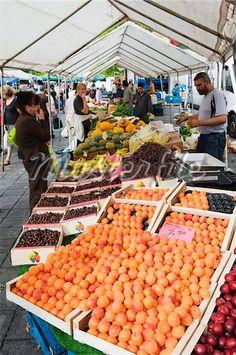 gare du midi brussels Flea Market right outside the train station Gare Du Midi  Sundays 6am-1pm