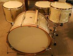 One of my Big Swing Era Duplex kits. Swing Era, Vintage Drums, Drum Kits, Percussion, Music Instruments, Drummers, Guitars, Sticks, Shells