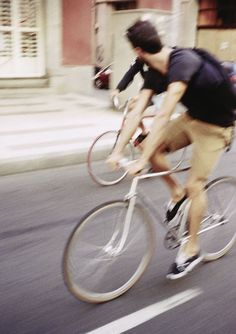 Men on Bicycles Bike Gang, The Fashionisto, Urban Bike, Cycle Chic, Mans World, Bike Life, Beautiful Moments, In This Moment, Lifestyle
