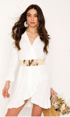 5effe5f0148f One size mini φόρεμα Κρουαζέ V λαιμόκοψη Μακρύ μανίκι Λάστιχο στη μέση  Βολάν στο τελείωμα Άνετη εφαρμογή Μήκος 82 cm .