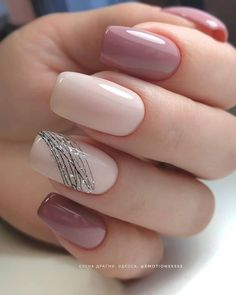 130 beautiful acrylic short square nails design for french manicure nails 3 Classy Nails, Stylish Nails, Simple Nails, Trendy Nails, Cute Nails, Manicure Nail Designs, French Manicure Nails, Gel Nails, Nail Polish