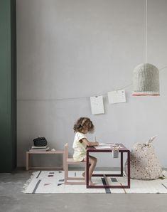 05973df2c69 Table enfant Little Architect Ferm Living - Rose - L 76 x l 55 x h 48