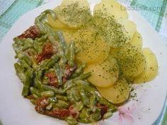 Fazolky na smetaně se sušenými rajčaty Ham, Beans, Chicken, Breakfast, Recipes, Morning Coffee, Hams, Recipies, Ripped Recipes