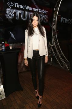 Kendall Jenner media gallery on Coolspotters. See photos, videos, and links of Kendall Jenner. Kendall Jenner Outfits, Kendall E Kylie Jenner, Kardashian, Moda Minimal, Estilo Jenner, Belle Silhouette, Vogue, Leather Trousers, Leather Leggings
