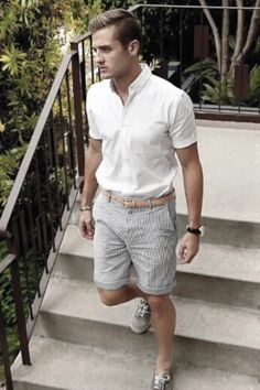 Outfits sommerlook 35 Stylish Summer Outfits Men 2020 - Lilly is Love Stylish Summer Outfits, Summer Fashion Outfits, Fashion Ideas, Fashion Apps, Sporty Fashion, Fashion 2018, Men's Fashion, Beach Outfits, Fashion Trends