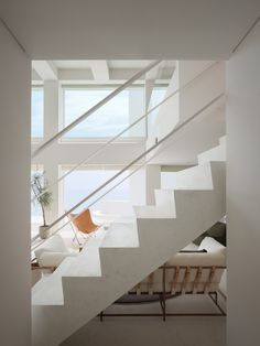 The Shichirigahama House: minimalist architectural design realized by the team of architecture firm SNARK. Interior Architecture, Interior And Exterior, Pretty Things, Screen House, Modern Style Homes, Minimal Home, Home Fashion, Bathroom Interior Design, Home And Living