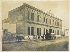 Em 21 de maio de 1907 foi feito um contrato de sociedade entre Emilio Reichert, Leonora Reichert e Guilherme Reichert para a exploração de indústria, fábrica de cerveja denominada Germânia