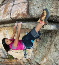 www.boulderingonline.pl Rock climbing and bouldering pictures and news Jules Cho flowing th