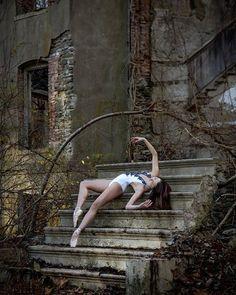 "Luis Pons Photography Ballerina Mikaela Kelly @mikaelakelly__ ""I invent nothing, I rediscover."" - Auguste Rodin"