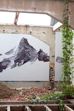 Claire Trotignon Installation / Transpalette - Bourges / 2011 Exposition collectiveC'est ainsi que finit le monde Pas sur un bang, sur un murmure