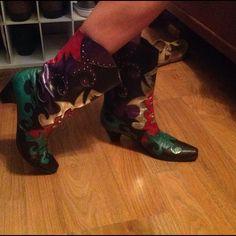 Sleek Vintage 80s Ankle Boots