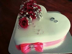 Weding cake with rose