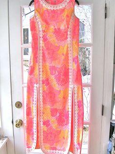 "Lilly Pulitzer Vintage Maxi Shift Dress""The Lilly"" Coral Pink and Yellow sz S/M Dress Neck Designs, Stylish Dress Designs, Designs For Dresses, Saree Blouse Designs, Stylish Dresses, Casual Dresses, Fashion Dresses, Hijab Fashion, Fancy Kurti"