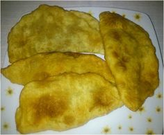 Τσιπουρέκια: Συνταγή από τους Πόντιους που ήρθαν από την Κριμαία. ~ ΜΑΓΕΙΡΙΚΗ ΚΑΙ ΣΥΝΤΑΓΕΣ Food Network Recipes, Food Processor Recipes, Cooking Recipes, Healthy Recipes, Cookie Dough Pie, The Kitchen Food Network, Bread Oven, Tasty Videos, Pastry Art