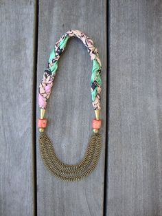"""so pretty! doesn't look to difficult to DIY if you already know the basics of jewelry."""