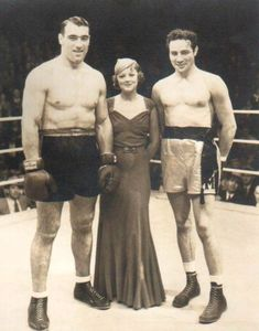 Primo Carnera, Myrna Loy & Max Baer - The Prizefighter & the Lady Myrna Loy, Old Hollywood Movies, Golden Age Of Hollywood, Max Baer, American Boxer, Boxing History, Nick And Nora, Fight The Power, Chinese Martial Arts