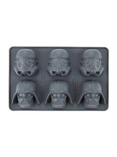 Underground Toys Star Wars Stormtrooper and Darth Vader Ice Tray